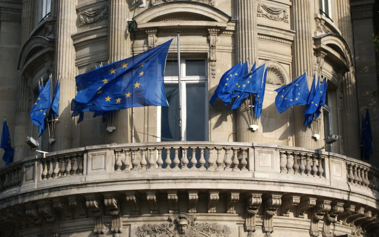 European Union: the European Commission proposed to postpone by six months the introduction of the e-commerce VAT reform