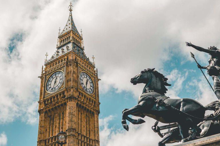 Royaume-Uni : Report de l'entrée en vigueur du mécanisme d'autoliquidation de la TVA applicable aux services de construction