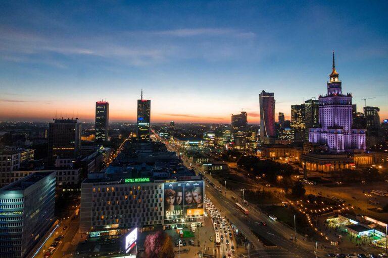 """Pologne : le ministre des Finances présente les réformes """"SLIM VAT"""" pour 2021"""
