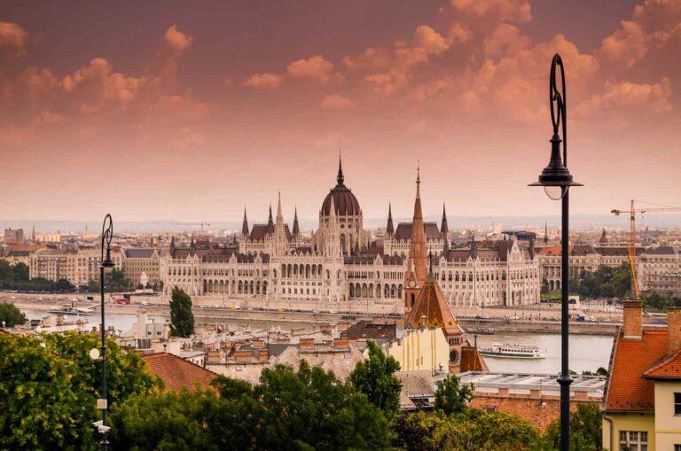 Hongrie : L'ensemble des facturesdevront être déclarées en ligne à compter du 1er janvier 2021