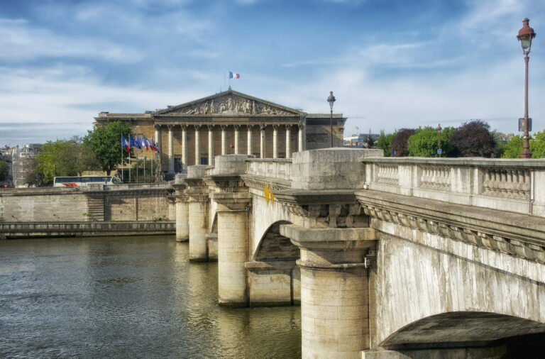 France - Government proposalfor mandatory electronic invoicing as of 2023