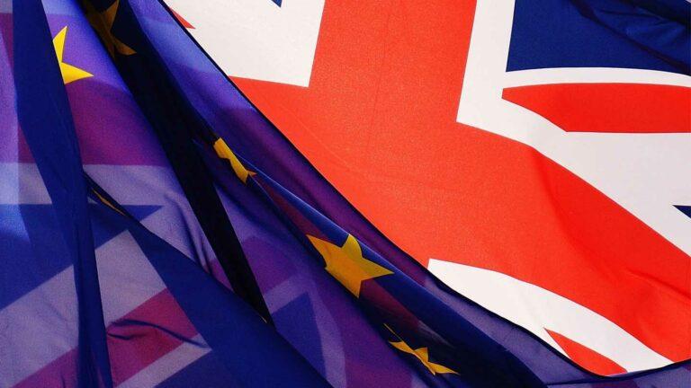 Brexit : L'UE et le Royaume-Uni signent un accord de libre échange